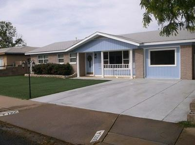 1305 NW 12TH ST, Andrews, TX 79714 - Photo 2