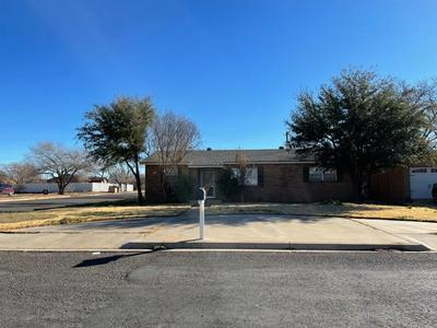 201 SW 16TH ST, Seminole, TX 79360 - Photo 1