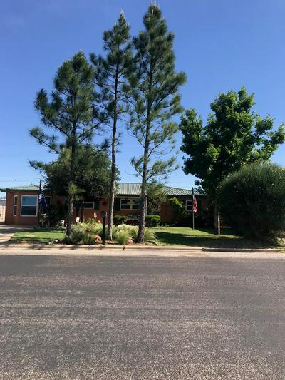 902 SW AVENUE H, Seminole, TX 79360 - Photo 1