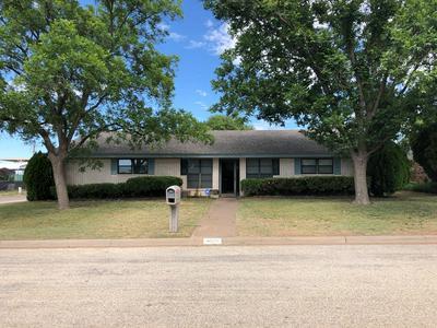 4500 FREDONIA AVE, Snyder, TX 79549 - Photo 2