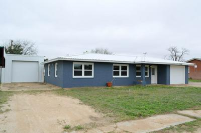 502 SW 13TH ST, Seminole, TX 79360 - Photo 2
