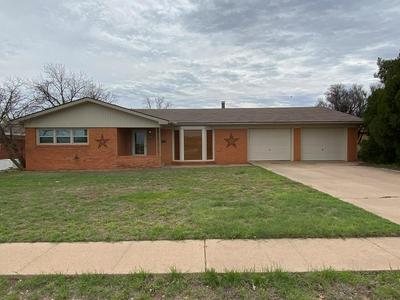 1710 37TH ST, Snyder, TX 79549 - Photo 1