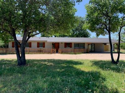 3001 EL PASO AVE, Snyder, TX 79549 - Photo 1