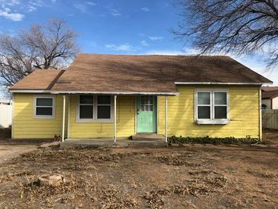 511 SW 6TH ST, Seminole, TX 79360 - Photo 1