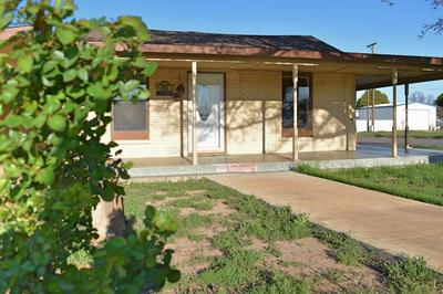 600 SW 8TH ST, Seminole, TX 79360 - Photo 1