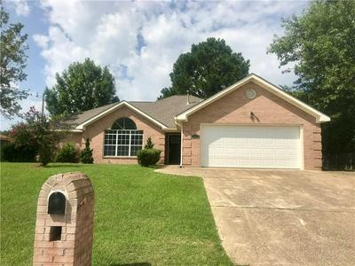 2704 BROTHERS DR, TUSKEGEE, AL 36083 - Photo 1