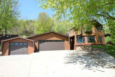 1214 MULBERRY ST, BELLEVUE, IA 52031 - Photo 1