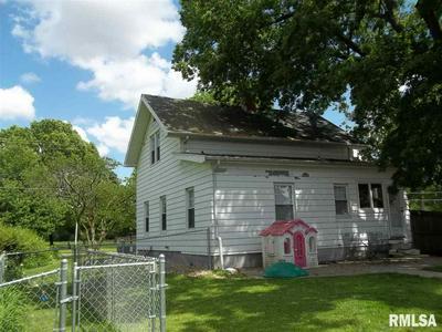 706 S BURGESS ST, EUREKA, IL 61530 - Photo 2