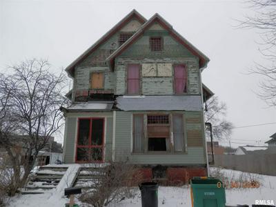 701 N PRAIRIE ST, GALESBURG, IL 61401 - Photo 1