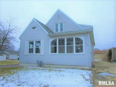1610 MARTHA ST, PEKIN, IL 61554 - Photo 1