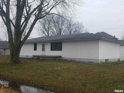 381 N THIRD ST, ASHLEY, IL 62808 - Photo 1