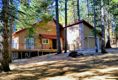 711 CLIFFORD DR, Lake Almanor, CA 96137 - Photo 2