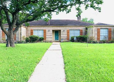 5880 PINKSTAFF LN, Beaumont, TX 77706 - Photo 1
