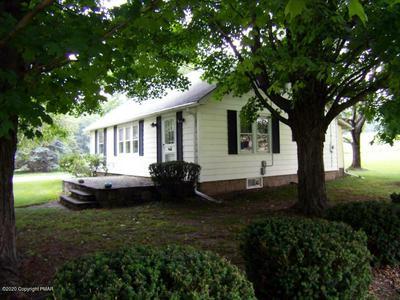 323 MILLER RD, Stroudsburg, PA 18360 - Photo 2