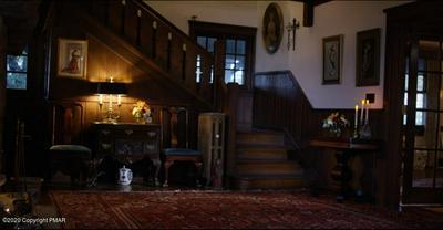 24 SUMMIT AVE, Pocono Manor, PA 18370 - Photo 2