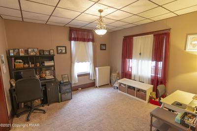 140 LAFAYETTE AVE, Palmerton, PA 18071 - Photo 2