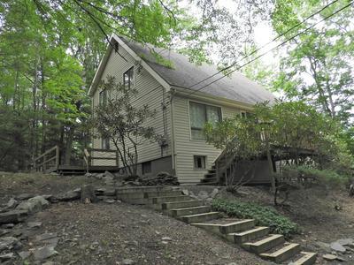 126 COBBLE CREEK DR, Tannersville, PA 18372 - Photo 1