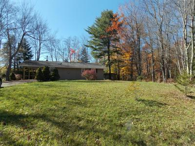 1549 STAG RUN, Pocono Lake, PA 18347 - Photo 2