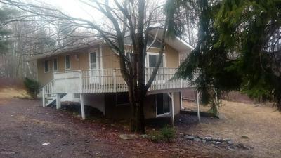 1046 CLOVER RD, LONG POND, PA 18334 - Photo 1