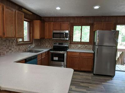 119 ESSEX CT, Bushkill, PA 18324 - Photo 2