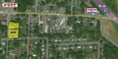 24 JANE ST, Stroudsburg, PA 18360 - Photo 2
