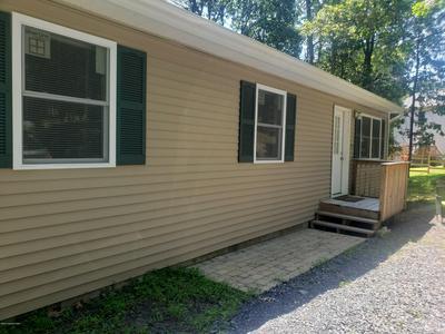 2111 LAKEVIEW RD, Bushkill, PA 18324 - Photo 2