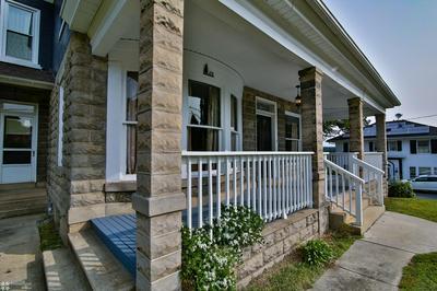 431 E WASHINGTON ST, Slatington, PA 18080 - Photo 2