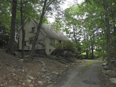 126 COBBLE CREEK DR, Tannersville, PA 18372 - Photo 2