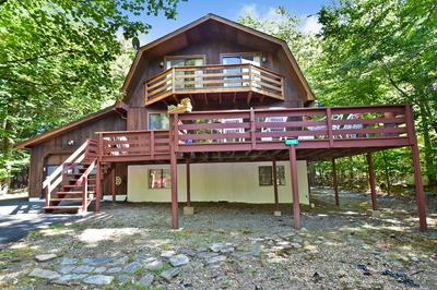 1762 ROLLING HILLS DR, Tobyhanna, PA 18466 - Photo 1