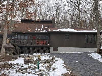 132 CORNWALL PL, Bushkill, PA 18324 - Photo 1