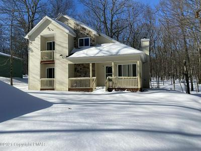 241 GOLD FINCH RD, Bushkill, PA 18324 - Photo 1