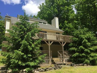 104 ORCHARD LN, Greentown, PA 18426 - Photo 1