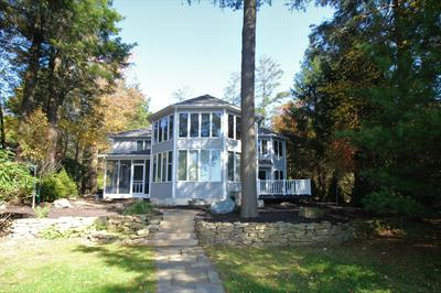 18 LONGFELLOW CIR, Albrightsville, PA 18210 - Photo 1