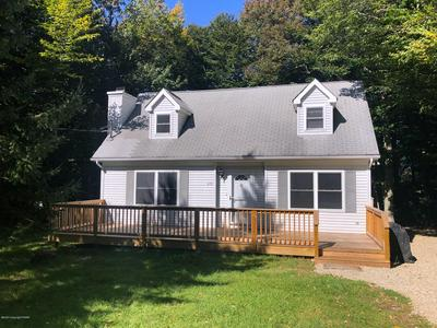 1709 ROLLING HILLS DR, Tobyhanna, PA 18466 - Photo 2
