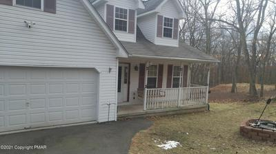 207 MALLARD LN, Bushkill, PA 18324 - Photo 1