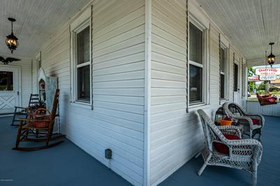 639 BLUE MOUNTAIN DR, Cherryville, PA 18035 - Photo 2