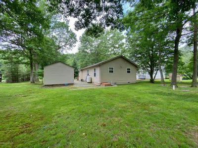 13 WYLIE CIR, Albrightsville, PA 18210 - Photo 2