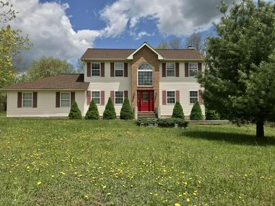 201 MARTHA LN, Blakeslee, PA 18610 - Photo 1