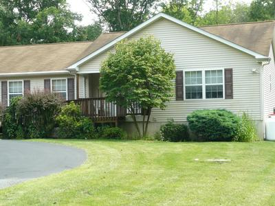 6104 SUNSET DR, Swiftwater, PA 18370 - Photo 2