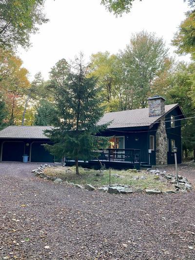 8 BIRCH ST, Lake Harmony, PA 18624 - Photo 1