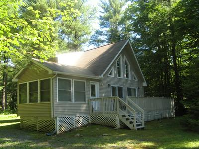 453 KING ARTHUR RD, Pocono Lake, PA 18347 - Photo 1
