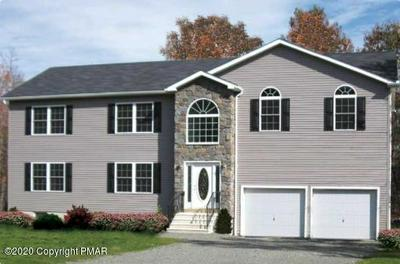 2500 MARQUETTE DR, Blakeslee, PA 18610 - Photo 1