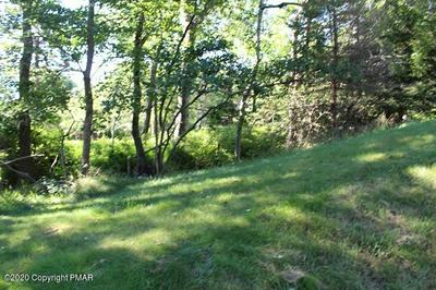1364 GLADE DR, Long Pond, PA 18334 - Photo 2