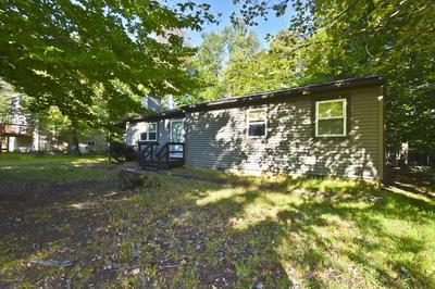 1065 KNOLLWOOD DR, Tobyhanna, PA 18466 - Photo 2