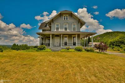 10 PENN AVE, Palmerton, PA 18071 - Photo 2
