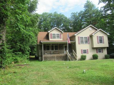 1215 BARTONSVILLE WOODS RD, Bartonsville, PA 18321 - Photo 2