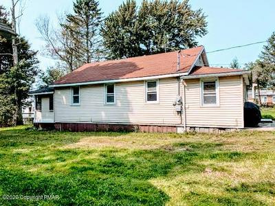 214 CEDAR LN, Greentown, PA 18426 - Photo 2
