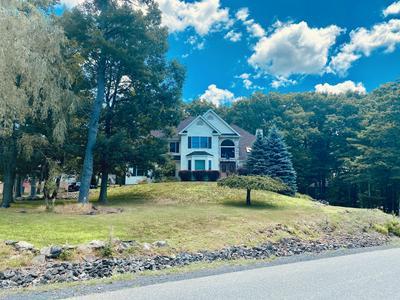 4235 BLUE MOUNTAIN XING, East Stroudsburg, PA 18301 - Photo 2