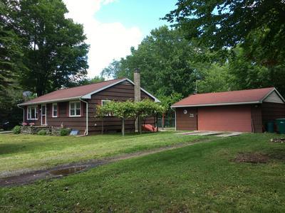 49 2ND ST, Gouldsboro, PA 18424 - Photo 2