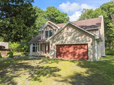 105 POMMEL DR, Lords Valley, PA 18428 - Photo 2